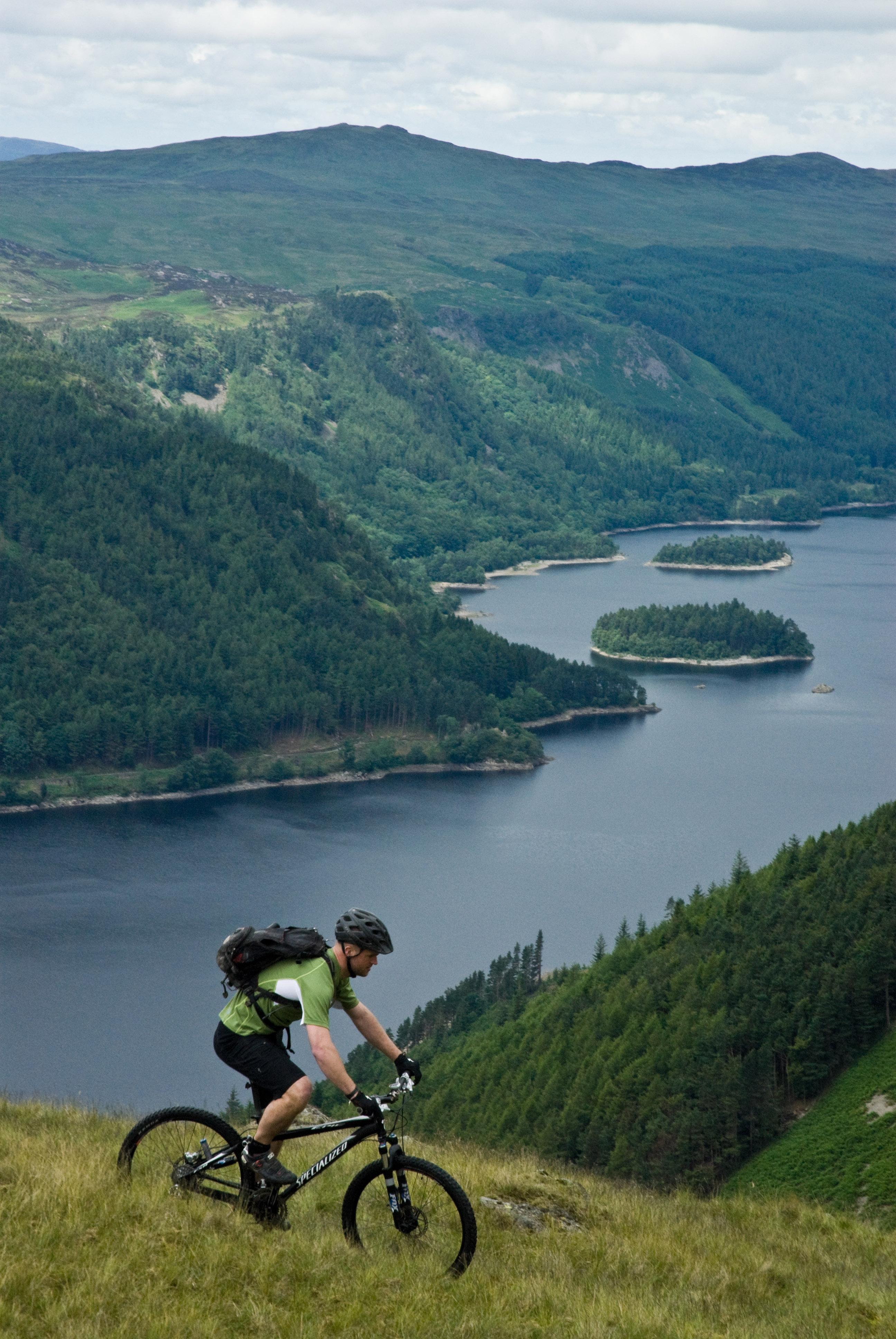 Biking above Derwentwater. © Dave Willis, Cumbria Tourism